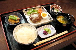 お昼のメニュー:日替わり膳